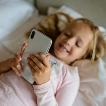 "Smartphones Are As Bad For Kids As A ""Gram of Coke"""